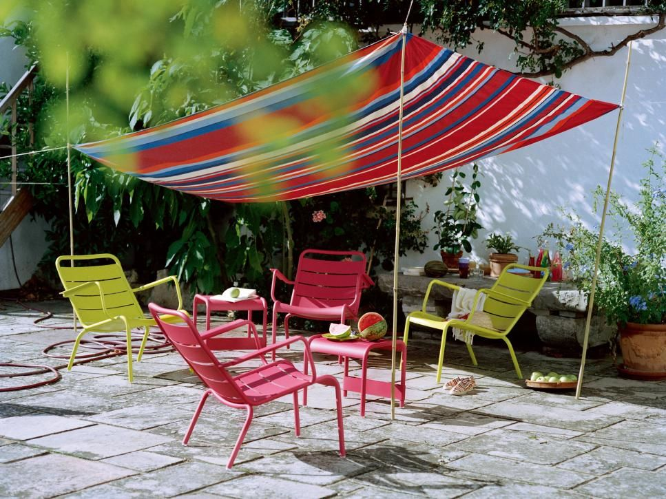 19 easy ways to create shade for your deck or patio | canopy ... - Small Patio Shade Ideas