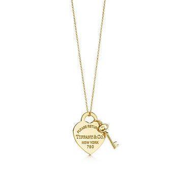 Tiffany Co Return To Tiffany Medium Heart Tag With Key Pendant In 18k Gold Tiffany Gold Necklace Tiffany Gold Gold Chain Design
