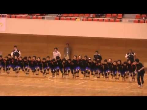 31-legged race - YouTube