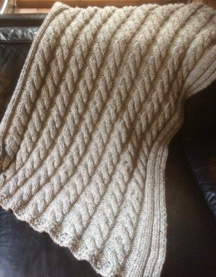 Cozee Cable knit throw
