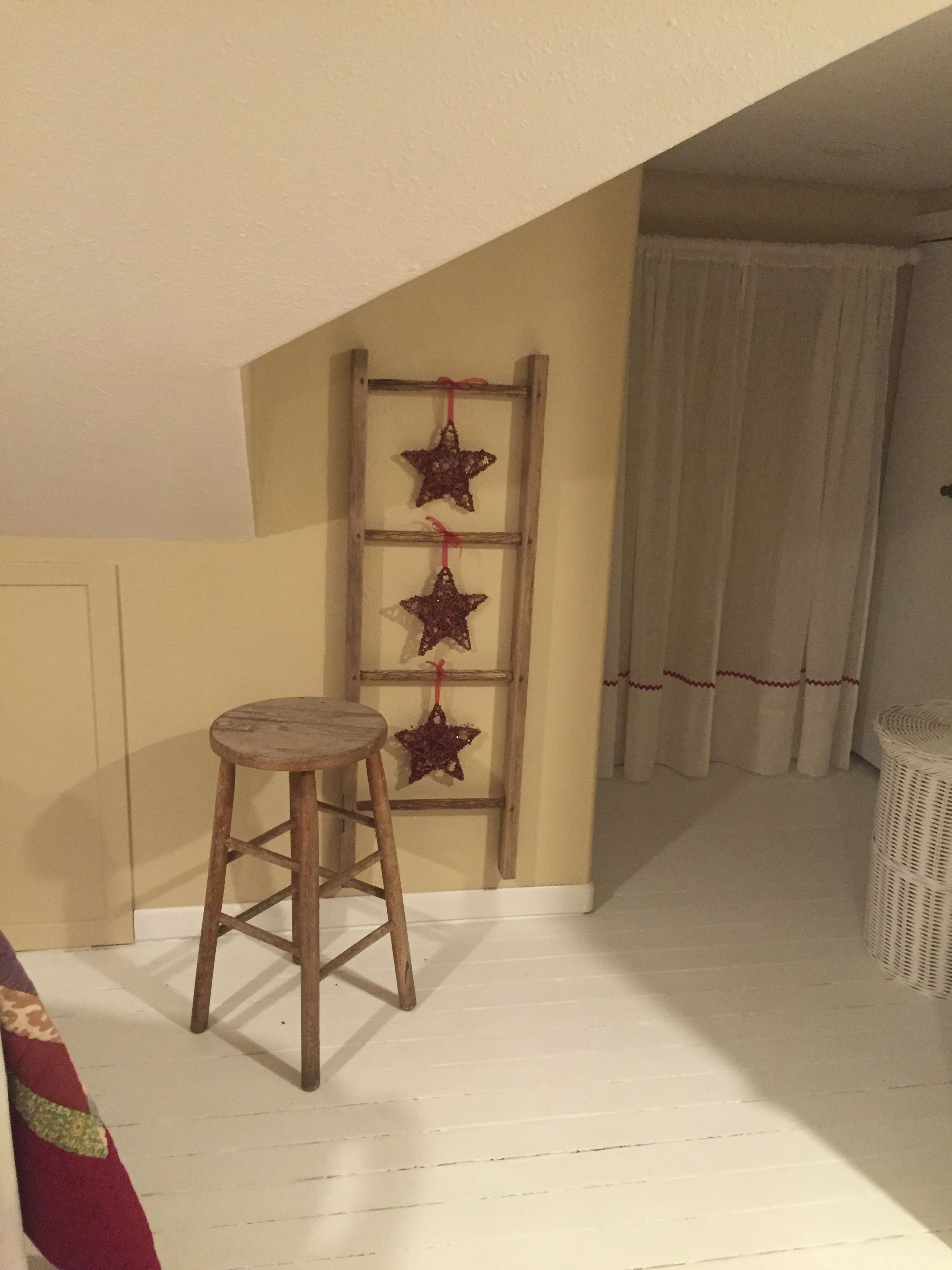 Hang stars from a ladder old ladder pinterest hanging stars