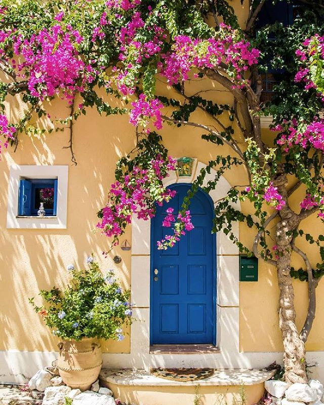 8 Best Greek Islands You Have To Visit - TheFab20s