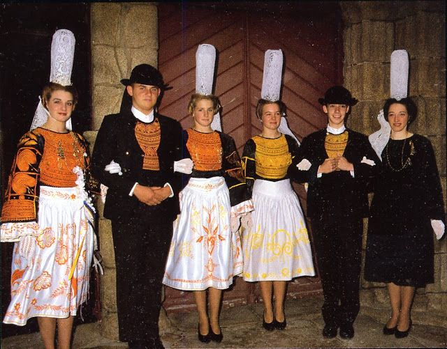 FolkCostume\u0026Embroidery Overview of the Costumes and Embroidery of Breizh,  Brittany or Bretagne