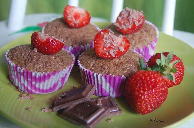 Mansikka suklaa -muffinit