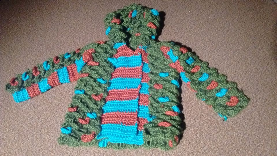 Dragon costume for an 18-month-old, using crocodile stitch. | Things ...
