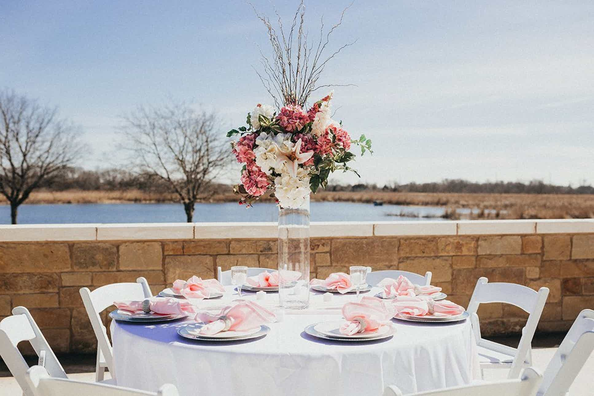 The Venue at Lilly Pond Weddings Central Texas / Waco