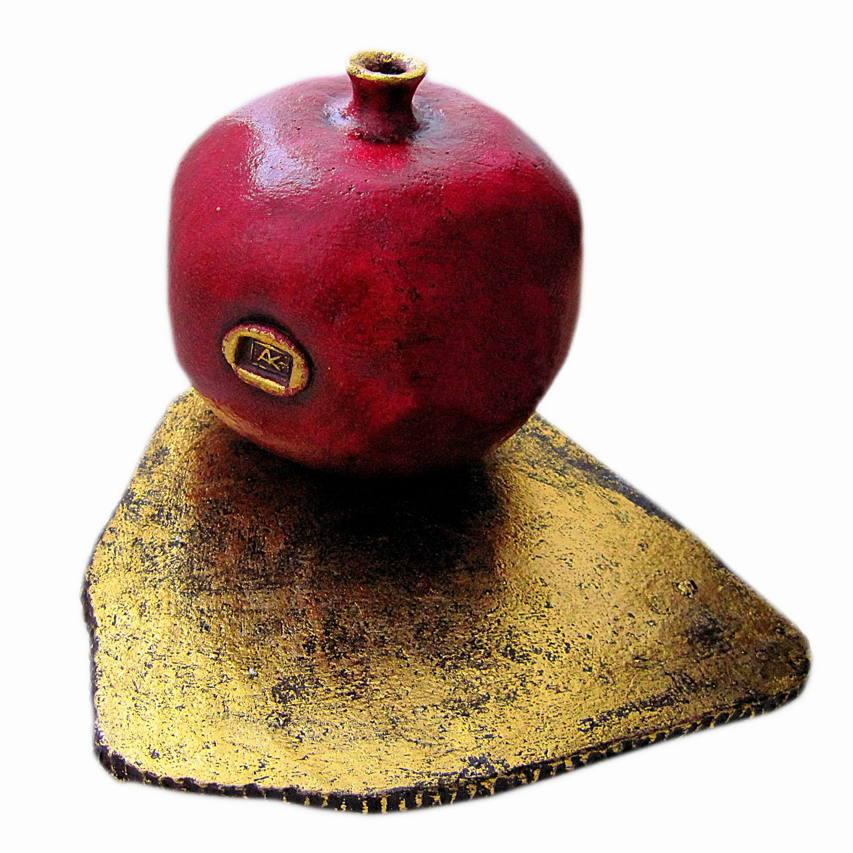 Pomegranate on plate   25x23x18 cm (ceramics, golden potal) unique, stamped by artist   #Art  #ceramics  #decor  #design  #Home