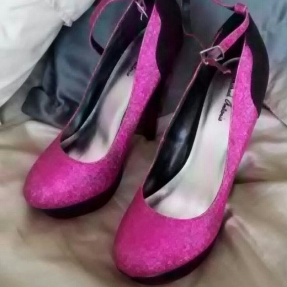 Women heels Black and hot pink heels with ankle strap. Brand new never worn. Shoes Heels