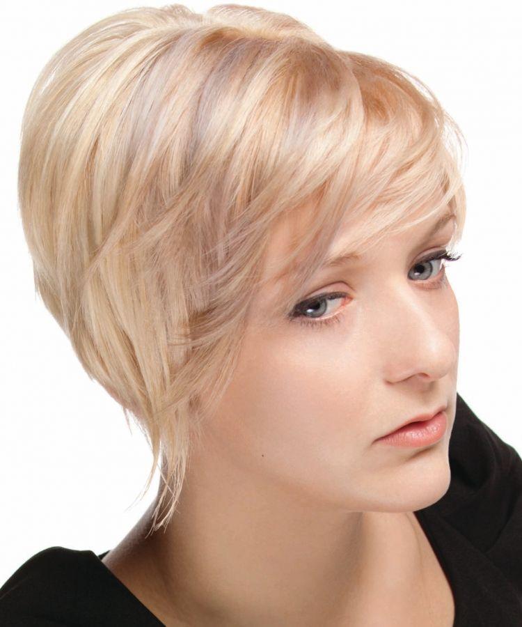 Pin Oleh Jessica Post Morell Di Beauty Trends Rambut Tipis Rambut Pendek Ide Potongan Rambut