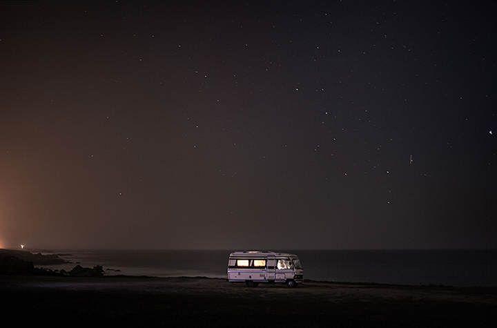 camper bij de zee