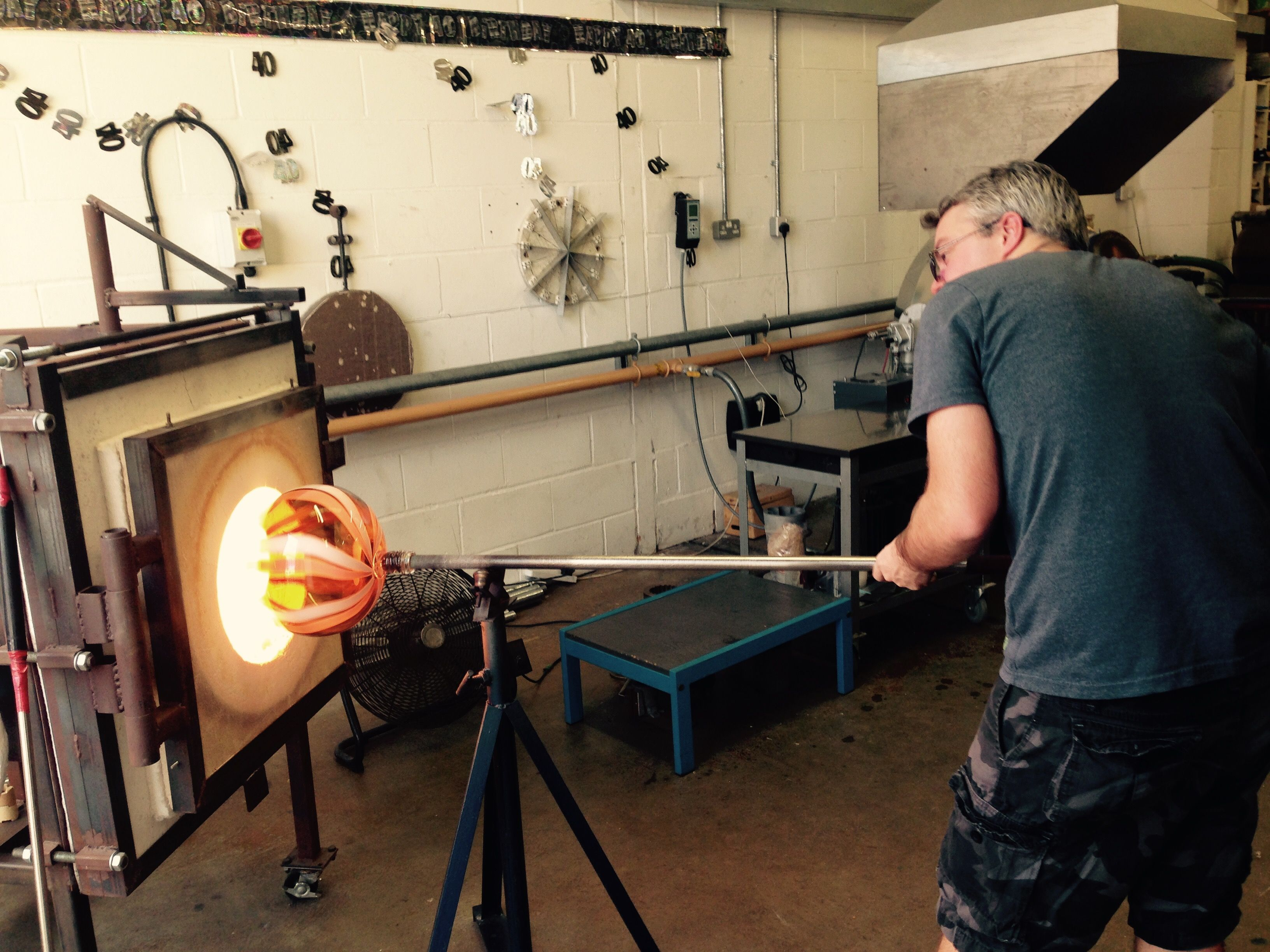 Glass blowing with cane work