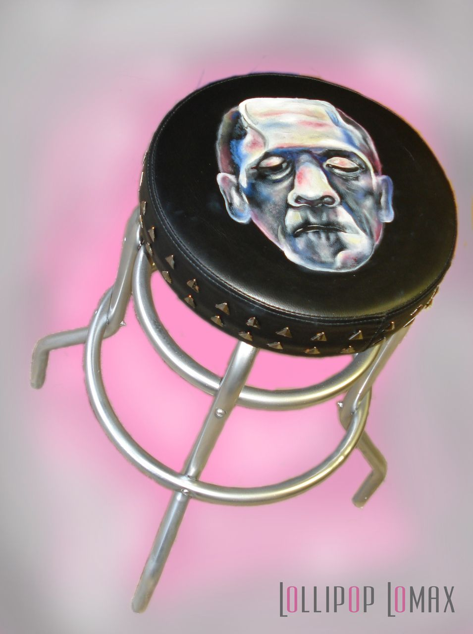 Creepy and cool stool featuring Frankenstein, perfect for horror film lovers! Lollipop Lomax - Frankenstein Bar Stool, £80.00 (http://www.lollipoplomax.com/frankenstein-bar-stool/)