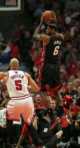 promo code 8d841 14f54 Carlos Boozer (Chicago Bulls) and Lebron James | Lebron ...