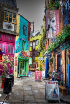 Neal's Yard - London - my 4th favourite place in the entire world, has a great beadshop!