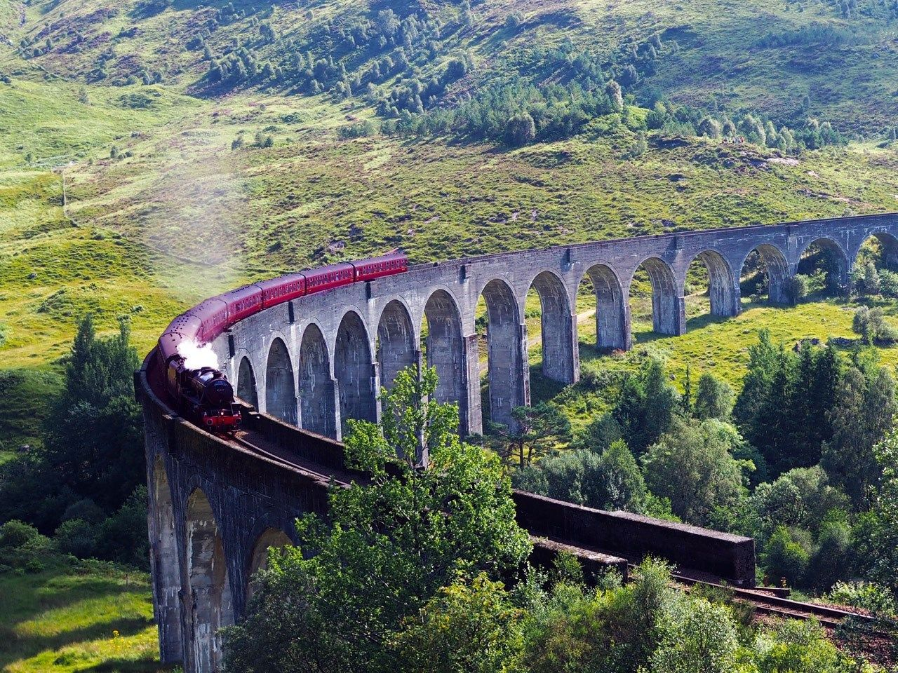 Riding The Harry Potter Train In Scotland Is Just As Epic As It Sounds To Europe And Beyond Harry Potter Train London To Scotland Day Trips From London