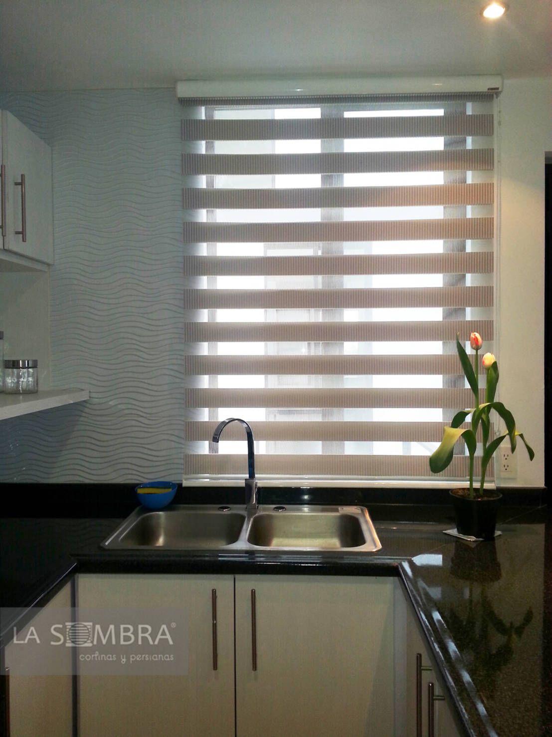 Cocinas de persianas la sombra en 2019 cortinas - Persianas para cocina ...
