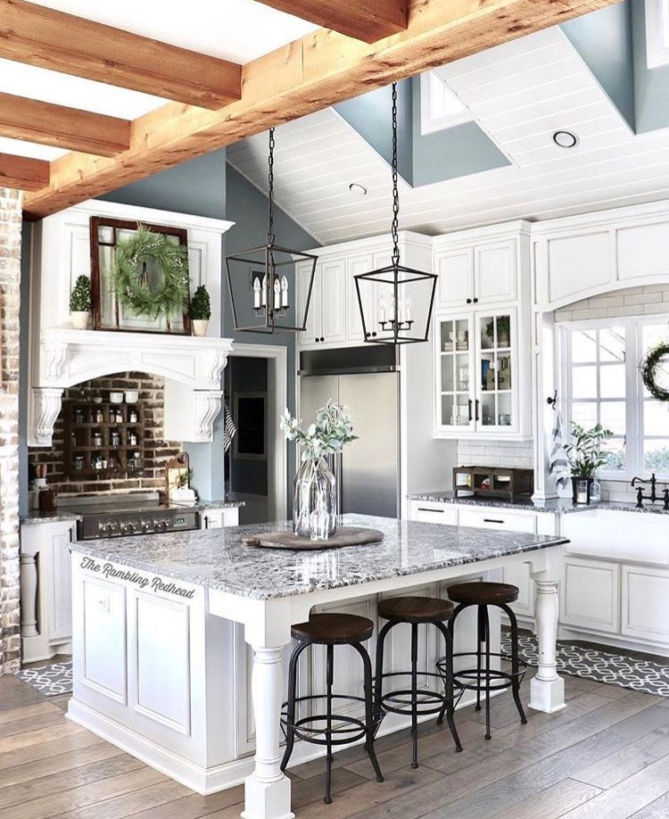 33 Modern Style Cozy Wooden Kitchen Design Ideas: The Bead Board Coelom With Wooden Beams