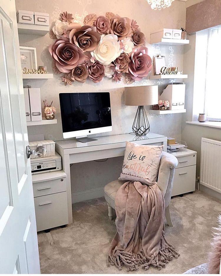 Feminine Homeoffice Desk: Cozy Home Office , Feminine
