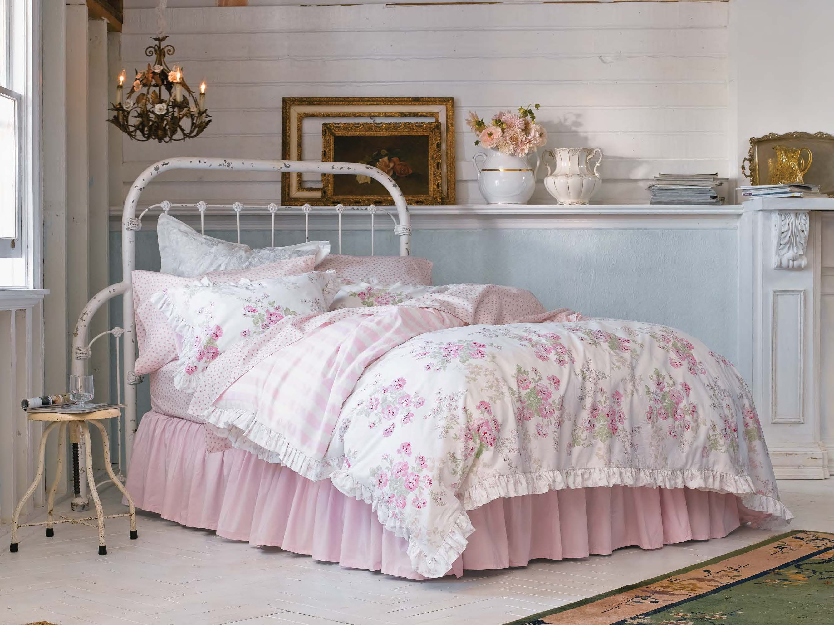 Pin By Dale Dhm On Simply Shabby Chic Shabby Chic Bedroom Furniture Shabby Chic Bedding Shabby Chic Room