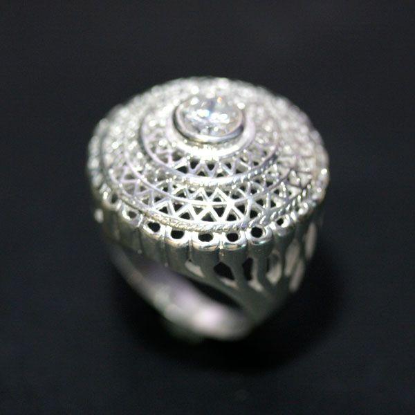 Anel de Prata 925 Chapéu Vazado 1 Pedra de Zirconia