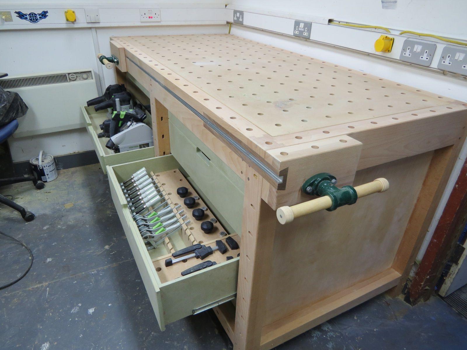 Construire Un Etabli Multifonction workbench with festool storage | idées d'établi, etabli bois
