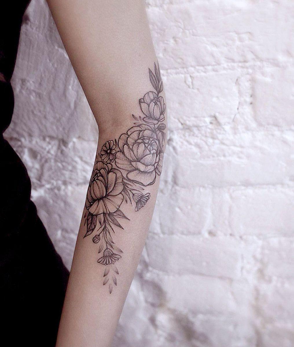 Pin by Sirius Black on Tattoos in 2020 Daffodil tattoo