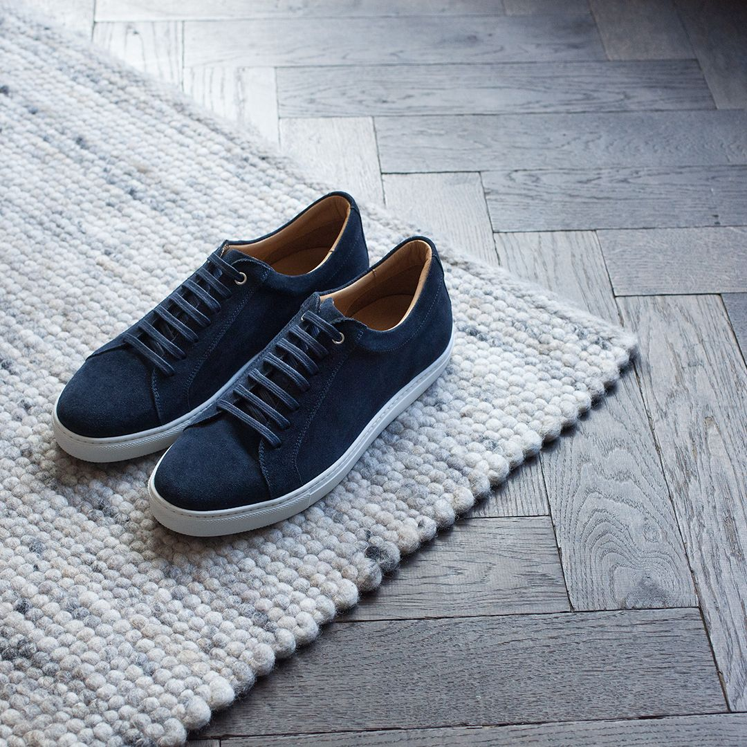 Clean, laid-back kicks for the Summer