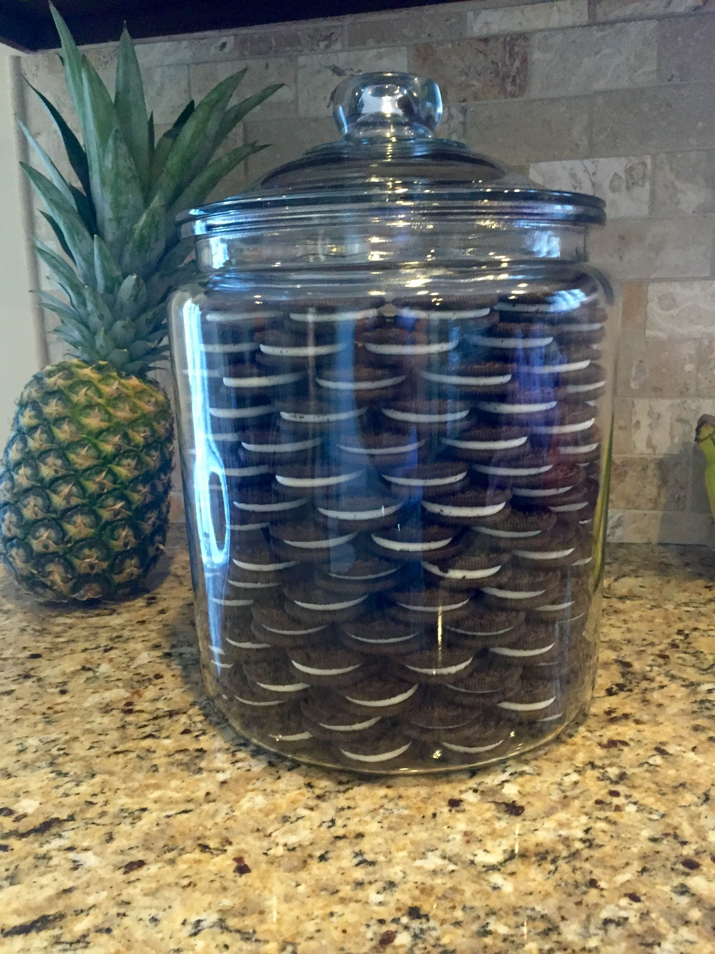 Oreos in a Jar inspired by Khloé Kardashian. Just pick up a Heritage Hill Jar