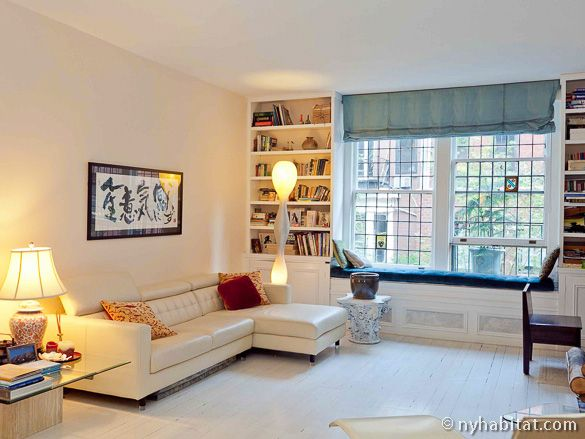 Check Out This Beautiful 1 Bedroom Furnished Apartment In Midtown East Manhattan It Is Accented Wi New York Apartment Furnished Apartment 1 Bedroom Apartment