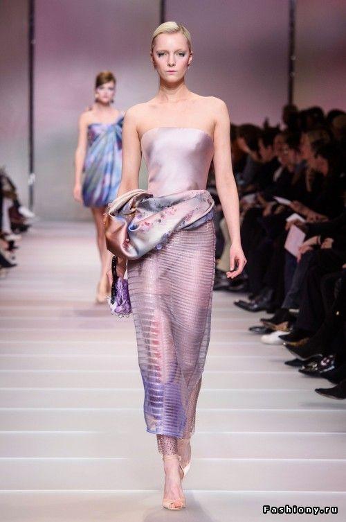 the latest bb571 5cf9b Armani Prive Haute Couture Весна-Лето 2018   armani   Abiti ...