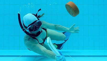 The Ultimate Guide To Learning The Ways Of Underwater Hockey The Sport That Is Taking Over The Entire World Sport Aquatique Sport Hockey