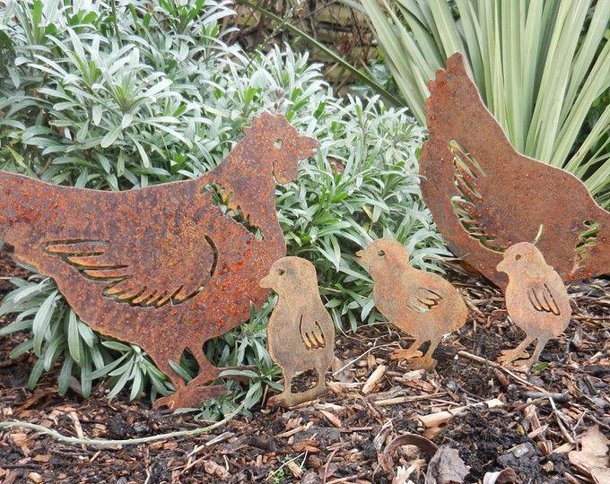 Rusty Metal Hen  Chicks / Hen Gift / Chicken Garden Art / Chicken