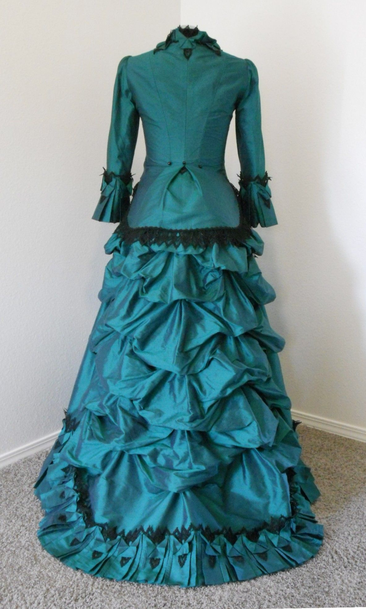 Victorian 1870\'s - 1880\'s bustle style, two piece dress (back view ...