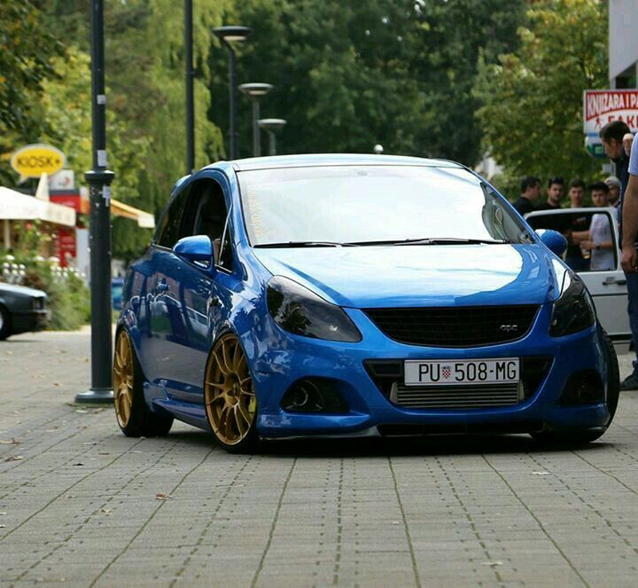 Corsa opc opel addict pinterest opel corsa cars and for Garage opel nice