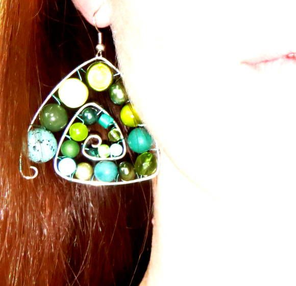 """Breeze"" Triangle earring  Jewelanes 15$"