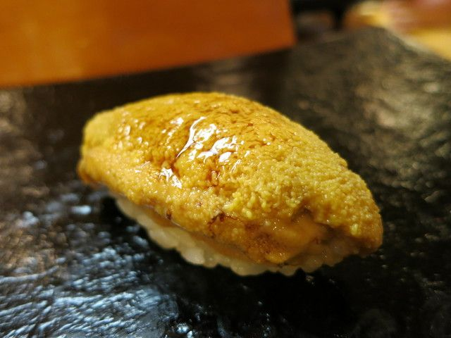 北紫雲丹にぎり うにKita Murasaki Uni (North Purple Sea Urchin) Nigiri Sushi 握りすし