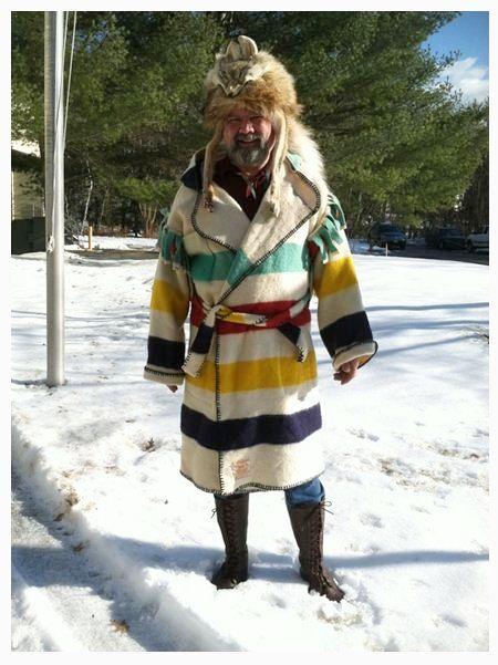 [ IMG]   Capote, Capote coat, Hudson bay blanket