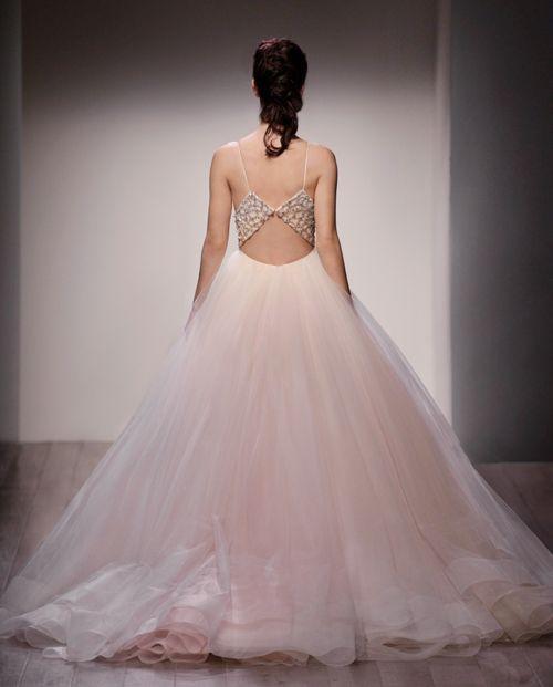 Blush Lazaro Wedding Gown: LAZARO Style 3600 / Back View