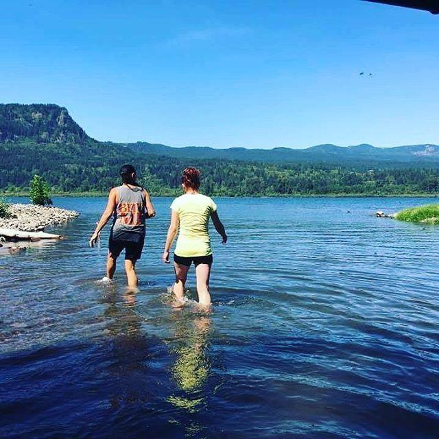 #columbiarivergorge#summer2016#oregondiscovered#pnw#family#hikingadventures#takemeback#exploreoregon#discoveroregon#swimmingtime#oneontagorg#pnwexplorations#pnwdiscovered#greatoutdoors#hiking#swimming#summer2016#cold#family#pnwisbeautiful#waterfalls#oneontagorge#nature#hikeoregonfalls#oregonnw#bestoforegon#photoofday#instaphoto#oregonexplored#exploreoregon#takemeback#adventure #columbiarivergorge#oregon#stayandwander