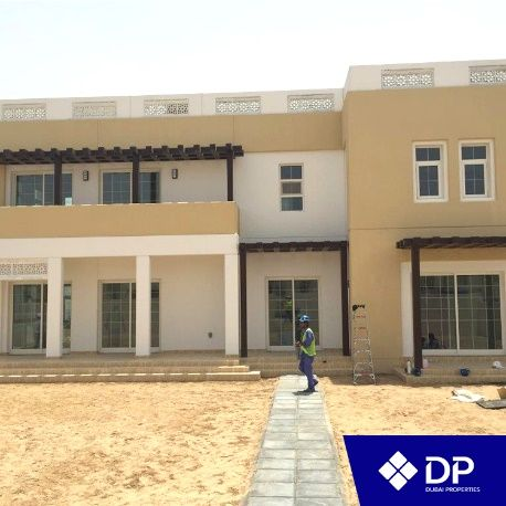 Working on delivering high quality villas at Mudon نعمل على مدار الساعة بهدف تسليم أفخم الفلل في مدن