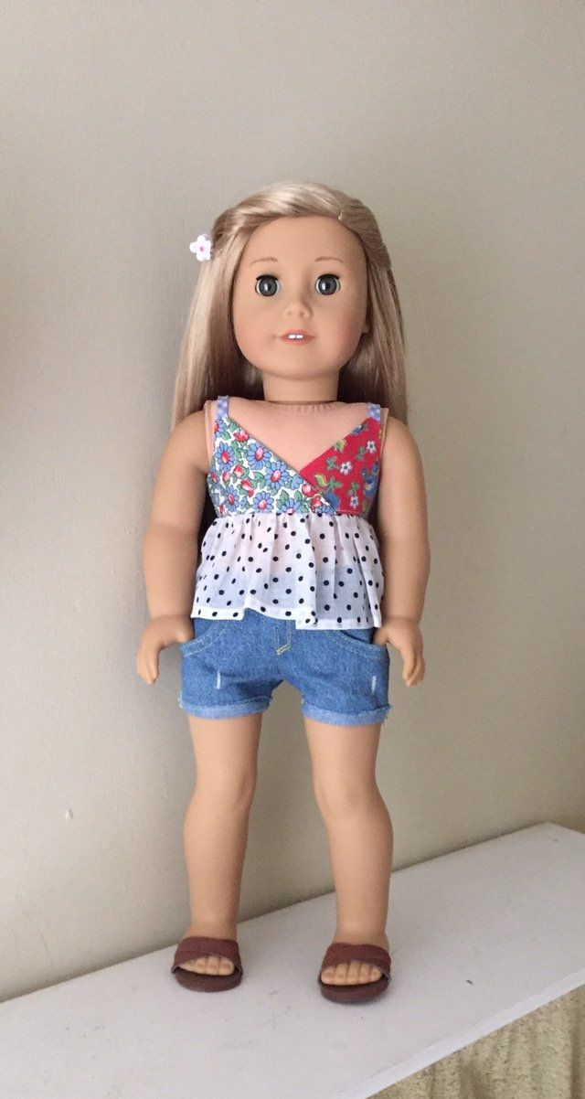 Fits American Girl doll: camisole top with distressed jean shorts #americangirldollcrafts