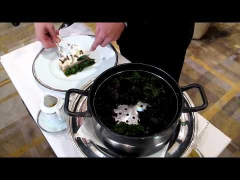 ▶ Serving at Alain Ducasse Au Plaza Athénée - YouTube