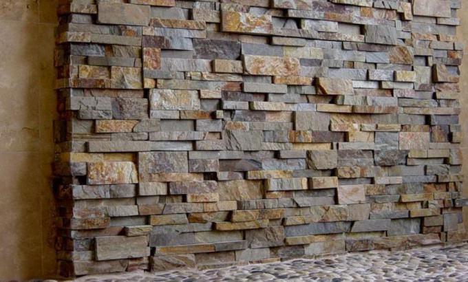 Natural stone shower panels stacked stone veneer shower for Stacked stone bathroom ideas