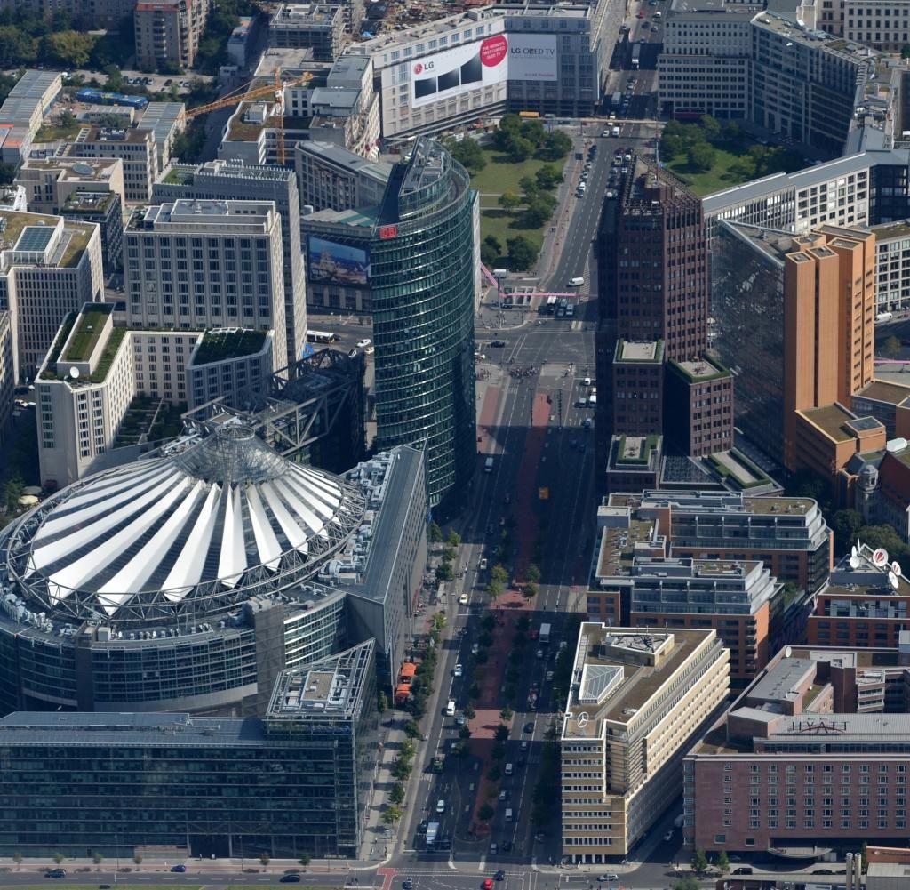 Architektur In Berlin Der Potsdamer Platz Ist Ein Kleines Wunder Welt Berlin Urlaub Berlin Heute Berlin
