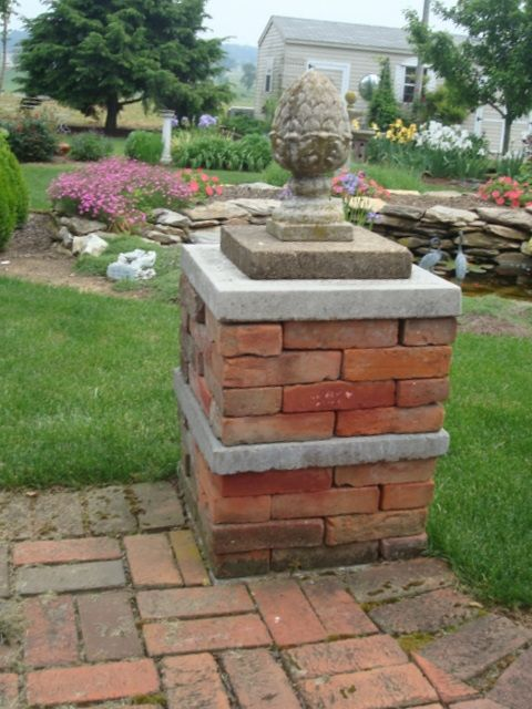 Dry Stacked Brick Columns With Images Brick Raised