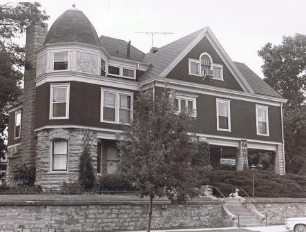 Carson House Court And Sixth Burlington Old Houses Burlington Building A House