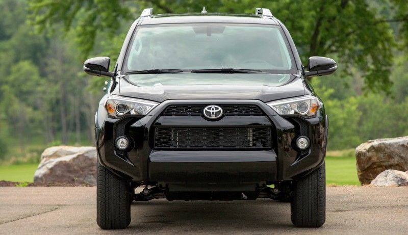 2014 4runner Offers Third Row Very Cool Sr5 And Limited Styles Toyota 4runner Toyota 4runner Sr5 4runner