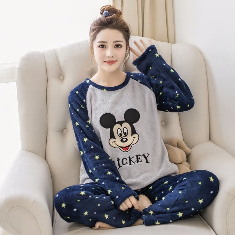 Autumn Winter Women Fannel Thicken warm Pajamas Set cartoon printed Sleepwear  Suit lovely Pyjamas Coral fleece casual homewear bda8e360e