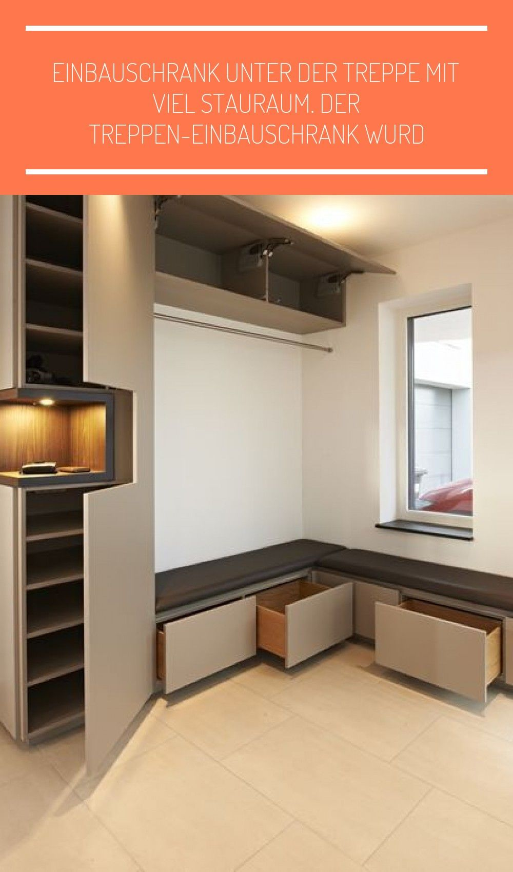 Einbauschrank Unter Der Treppe In 2020 Flur Mobel Ankleidezimmer Selber Bauen Einbauschrank