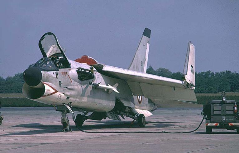 F 8 Crusader